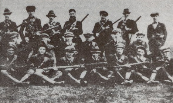 S._Hogan_-_Flying_Column_No._2,_3rd_Tipperary_Brigade,_IRA_-_1921.JPG